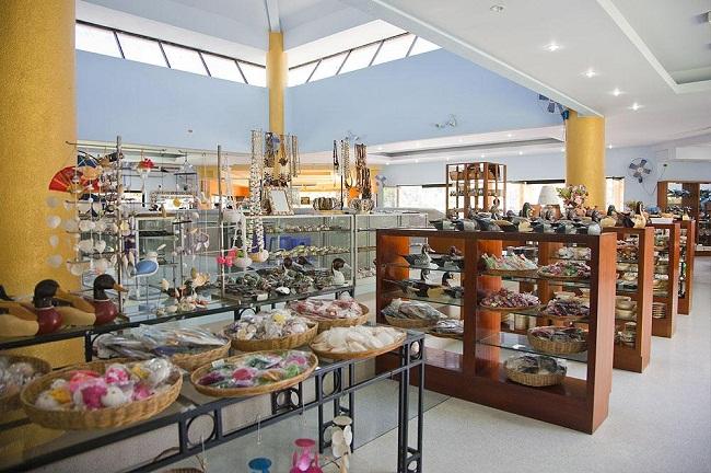Cửa hàng lưu niệm ở Phuket