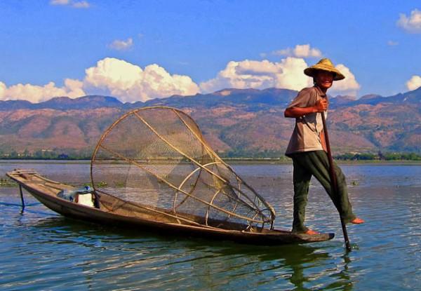 đánh cá hồ inle