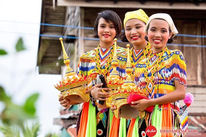 con nguoi thai lan