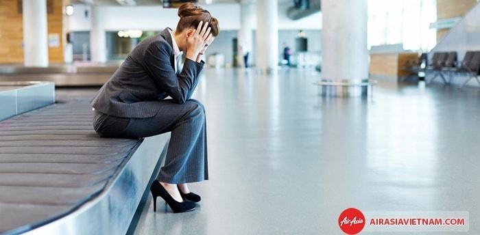 Hành lý Air Asia bị hư hại