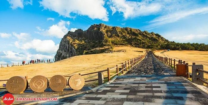 Đường lên đỉnh Núi Hallasan