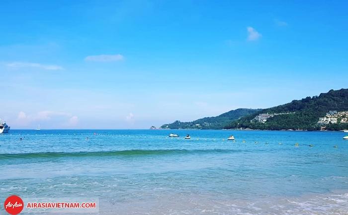 Bãi biển Patong - một trong những bãi biển đẹp ở Phuket