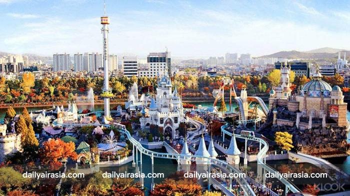 Lotte World - một trong những công viên lớn nhất thế giới