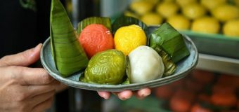 Độc đáo món bánh màu của người Malaysia